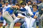 Dodgers' Zack Greinke Breaks Collarbone in Brawl