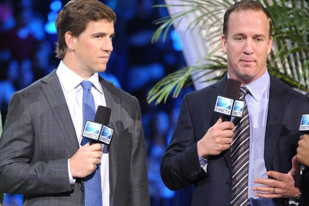 Peyton and Eli Manning Back at Duke for Informal Workout