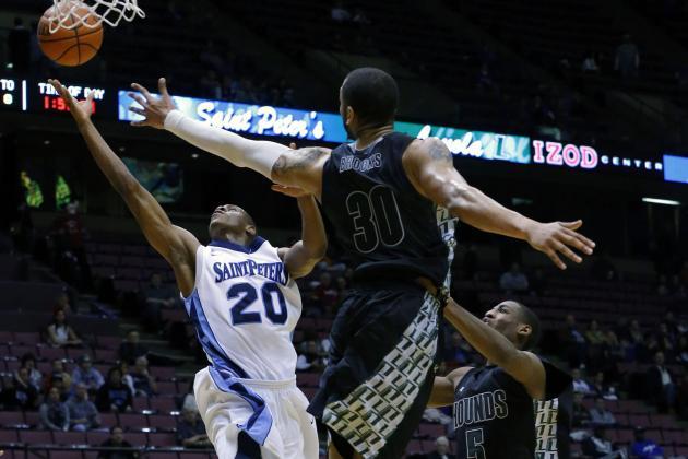 Report: Loyola to Name Smith Next HC
