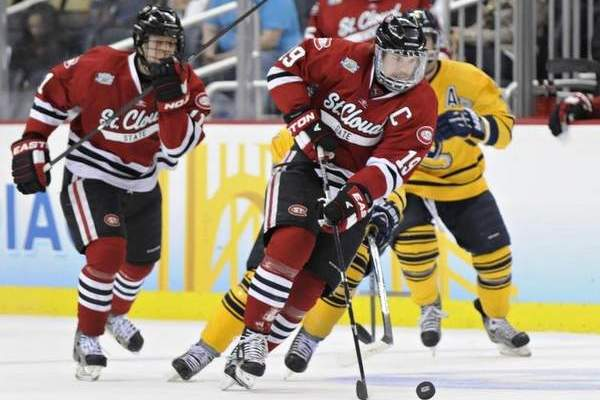 St. Cloud's Drew LeBlanc Wins Hobey Baker Memorial Award