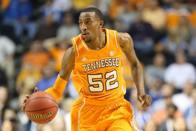 Jordan McRae Returning to Tennessee for Senior Season
