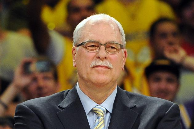 Phil Jackson Tweets on Kobe Bryant Injury, Compares to Derrick Rose