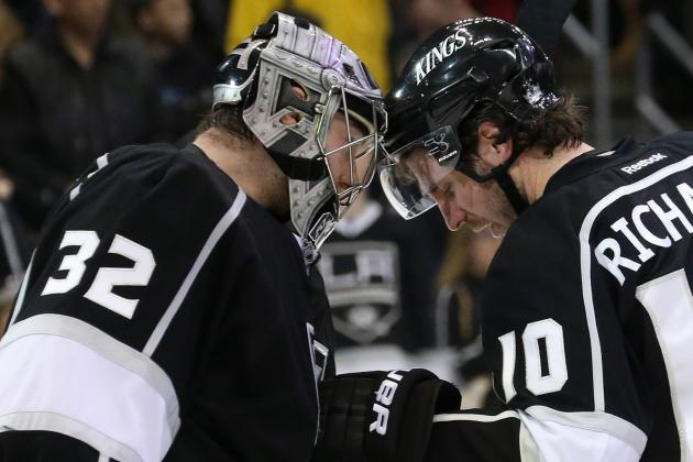 Kings Hold off Ducks, 2-1, in Emotional Game