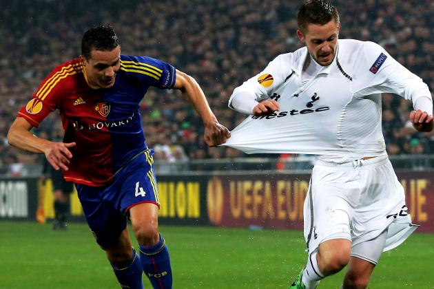 Gylfi Sigurdsson Looking for Tottenham to Kick on Towards Finishing Post