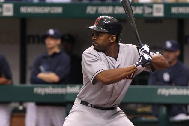 Michael Bourn Leaves Game vs. White Sox with Apparent Hand Injury