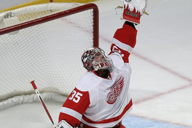 Red Wings, Jimmy Howard Blank Predators, 3-0