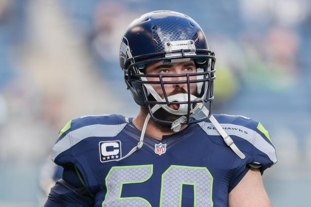Pistol Is Here to Stay, Seahawks Center Unger Says