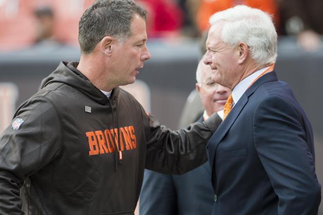 Browns Have No Comment on Presence of FBI, IRS at Headquarters of Pilot Flying J