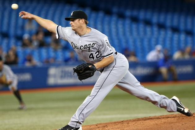 Chicago White Sox: Should Hector Santiago Replace Gavin Floyd in the Rotation?