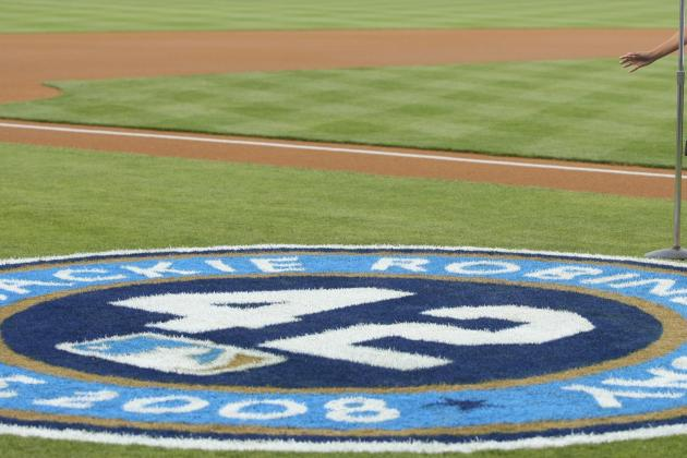 Bruins to Honor Jackie Robinson with Mural