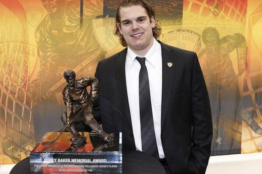 Hobey Baker Winner LeBlanc Doesn't Expect to Play for 'Hawks