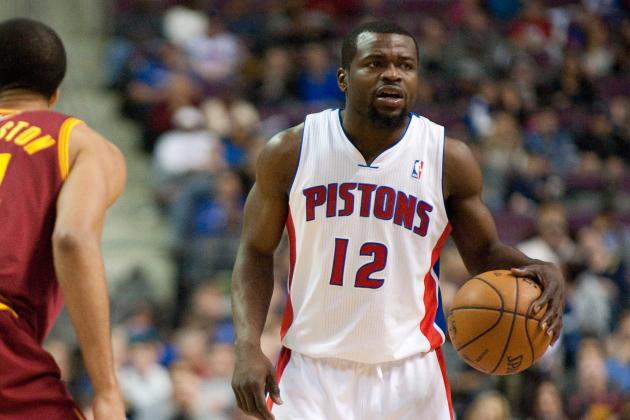 Bynum Would Like to Re-Sign, but Will Test Market