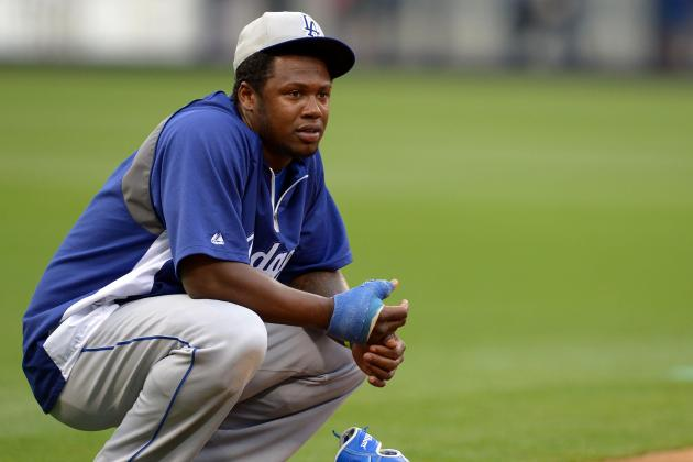 Dodgers' Hanley Ramirez: I'll Be Back 'Way Sooner' Than Mid-May