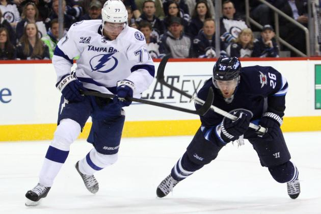 Jets Blow Lead but Beat Lightning in Shootout
