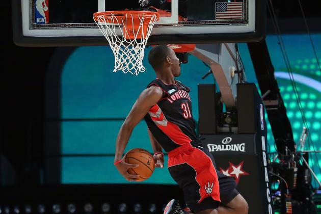 Terrence Ross Finishes Half-Court Alley-Oop