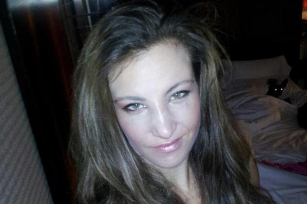 UFC Women's Bantamweight Miesha Tate Blasts Referee Kim Winslow on Facebook