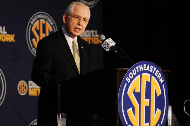 Predicting What SEC Commish Mike Slive Wants CFB Landscape to Look Like in 2020