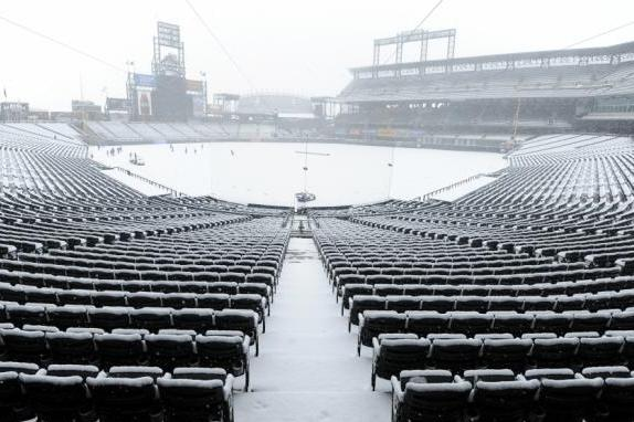 Rockies-Mets Game Wednesday Postponed Because of Snow at Coors Field