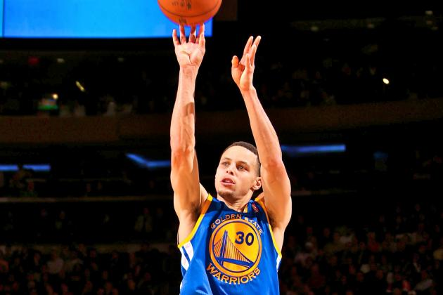 Steph Curry Breaks NBA Single-Season Record for 3-Pointers