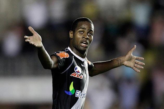 Why Premier League Target Dede Is Staying in Brazil