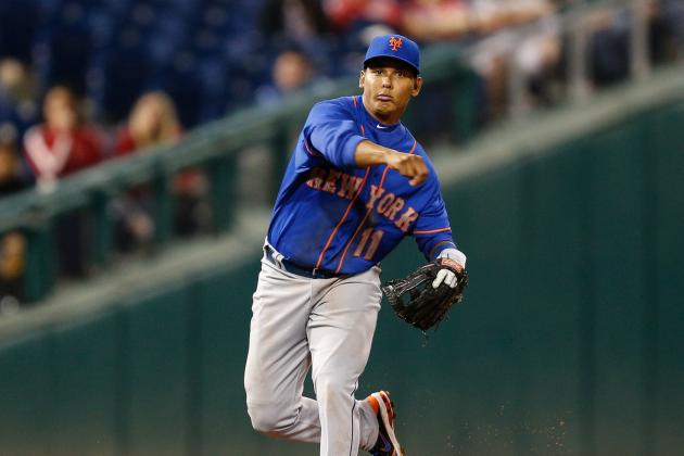 Mets Sticking with Tejada Despite Throwing Errors