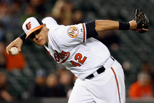 Buck Showalter Applauds Manny Machado's Barehanded Play