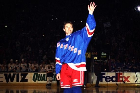 Instagram: 14 Years Ago Today, Gretzky Played His Last Game