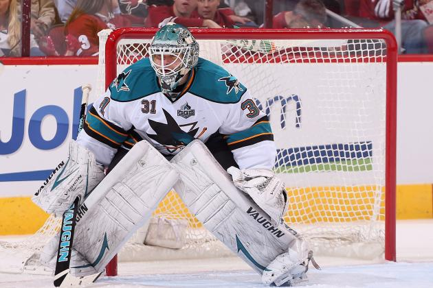 Sharks' Thornton on Niemi: 'I Think He's the Best Goalie in the World'