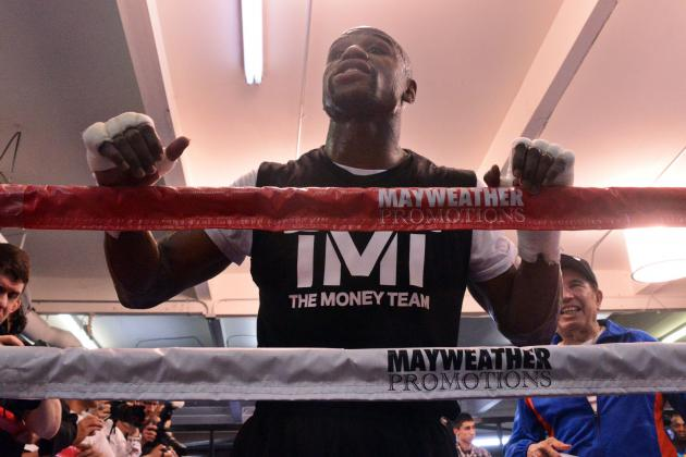 Floyd Mayweather's Unwavering Confidence Is Bad Sign for Robert Guerrero