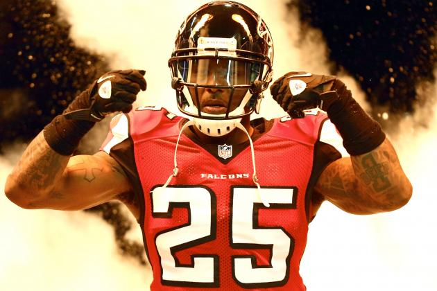 Falcons Safety William Moore Reportedly Charged with Simple Battery