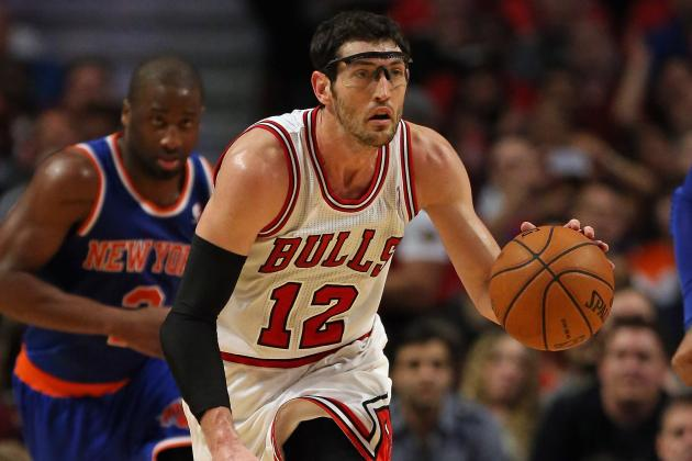 Hinrich Finishes Off Regular Season Strong