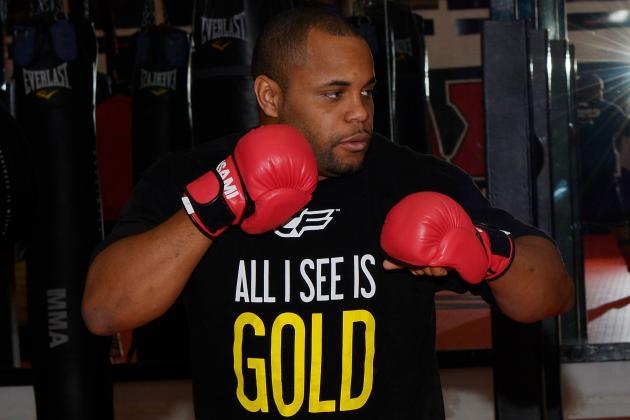Daniel Cormier Would Take a Warm-Up Fight If He Moved to Light Heavyweight
