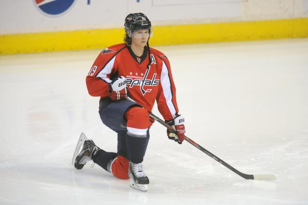Caps' Backstrom (arm) Practices After Leaving Ottawa Game