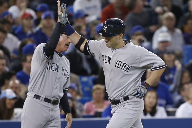 Pettitte Effective as Yankees Hammer Jays