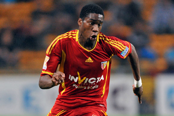 Scouting Geoffrey Kondogbia: Sevilla's Highly-Rated Transfer Target