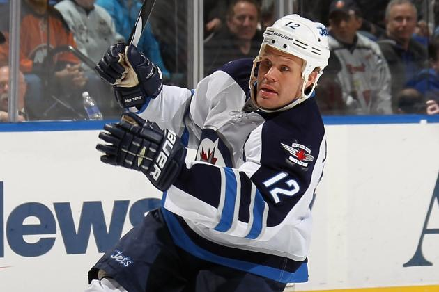 Jets' Jokinen out 6-8 Weeks with High Ankle Sprain