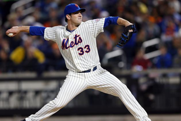 R.A. Dickey Praises Matt Harvey, Cautions Him to 'Stay Humble'