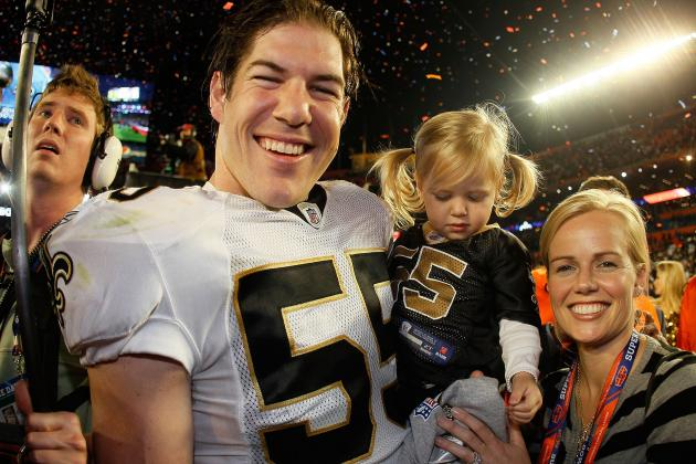 LB Scott Fujita Signs One-Day Contract with New Orleans Saints