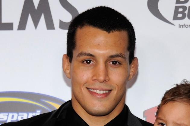 Vinny Magalhaes on Phil Davis: 'If I Get a Chance, I'm Going to Pop His Arm'