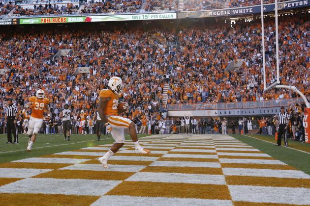 Vols Connect with Jones, Look for Leaders