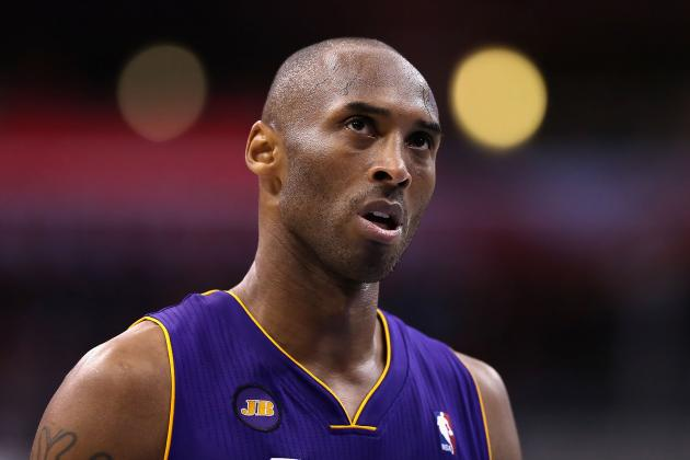 Kobe Bryant Should Be Allowed to Use Twitter During Lakers Games
