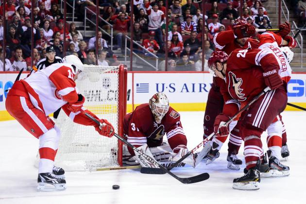 Red Wings 4, Coyotes 0