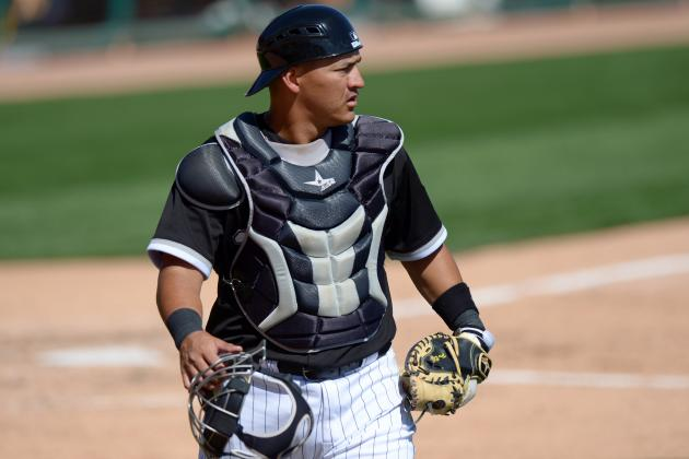 White Sox C Hector Gimenez Leaves with Leg Injury After Hit by Pitch