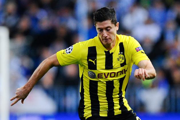 Bayern Edge Ahead of Man United in Two-Way Lewandowski Fight
