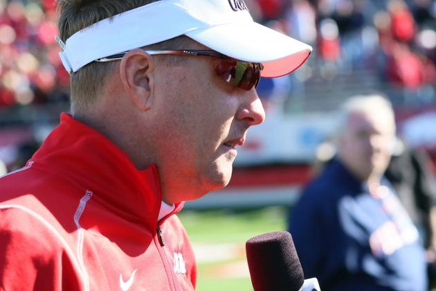 Ole Miss' Freeze Meets Energized Fans in Pascagoula
