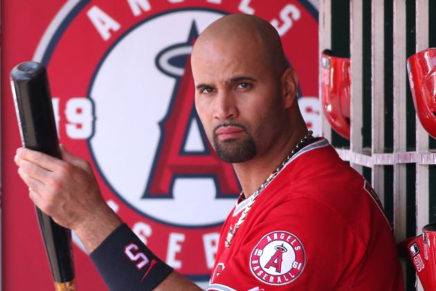Albert Pujols Hopes Not Playing Defense Will Help Foot Injury