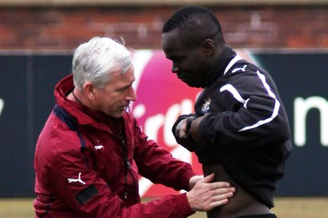 Alan Pardew Expects Cheick Tiote to Face Liverpool