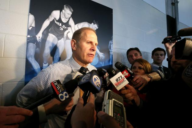 Recruiting: Michigan's John Beilein Drops in on 5-Star Guard Devin Booker Again