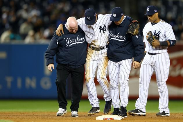 Jeter Expected to Be in Walking Boot When He Rejoins Teammates