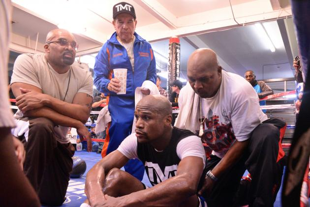 Can Floyd Mayweather Still Back Up His Big Mouth at Age 36?